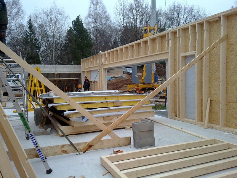 Construction d une maison en ossature bois jauzac entreprise for Structure maison ossature bois